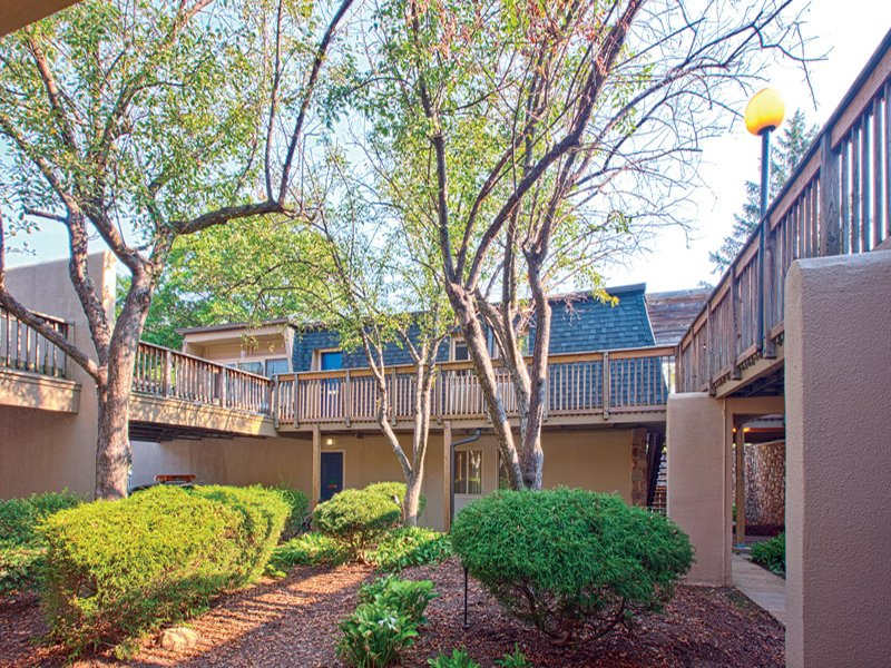 Colony At Kenilworth Apartments Towson Apartment For Rent
