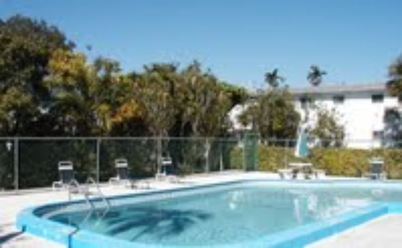Windsor house apartments miami see pics avail - Efficiency for rent in miami gardens ...